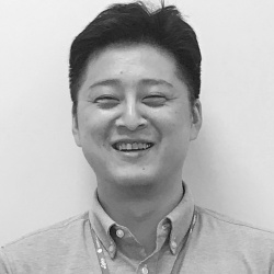 矢木 智彦<br>Tomohiko Yagi