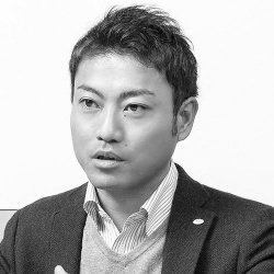 安室 敦史<br>ATSUSHI YASUMURO