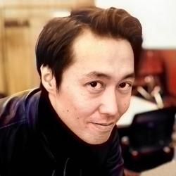 小村 隆祐<br>RYUSUKE KOMURA
