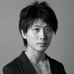 岡田 鷹治<br>Takaharu Okada