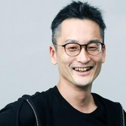 堀内健后<br>Kengo Horiuchi