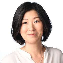 吉武 亜季子<br>Akiko Yoshitake
